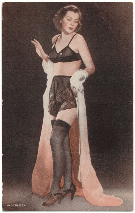 327 best Vintage Undergarments & Nightgowns images on Pinterest ...