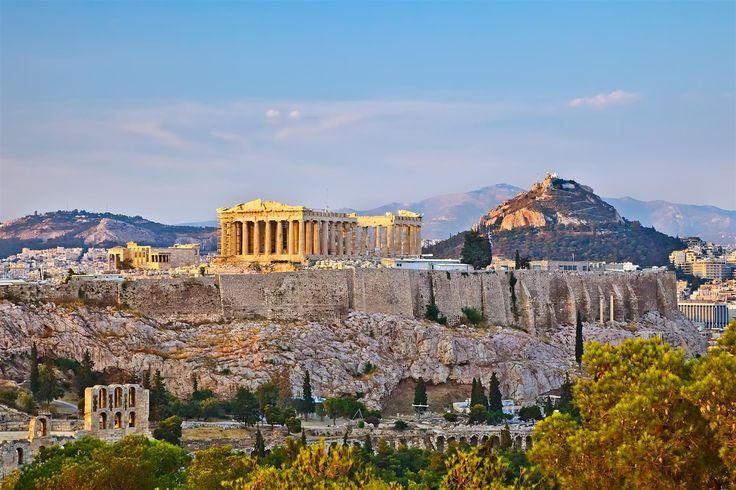 El Partenón y el monte Licabetus. El Partenón y el monte Licabeto