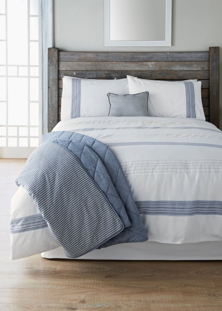 This crisp white duvet cover with blue yarn dyed seersucker panels is the perfect way to freshen up your bedroom. Made from soft easy care fabric. This...