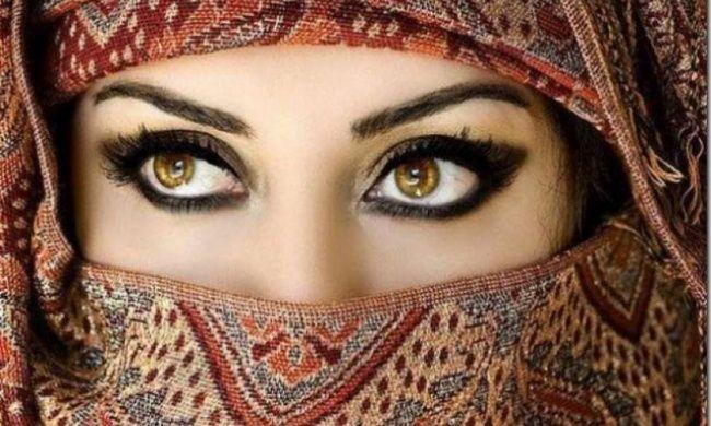 5 Ways to Delineate Your Eyes for Every Occasion * * * 5Formas deDelinear Tus Ojos Para Cada Ocasión
