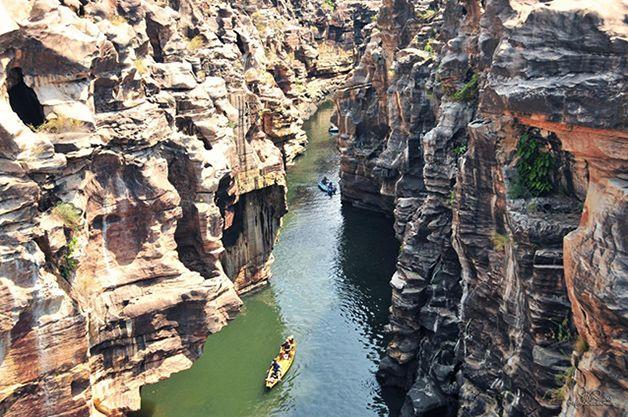 No Piauí, o cânion do rio Poti é umaescultura colossal formada pelo trabalho paciente da água ao longo de milhões de anos.A região, de nat.../ Brasil