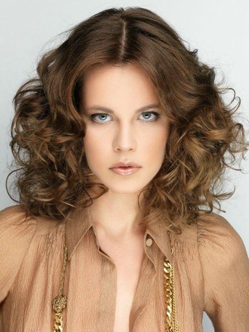 Amazing 1000 Ideas About Curly Medium Hairstyles On Pinterest Medium Hairstyle Inspiration Daily Dogsangcom