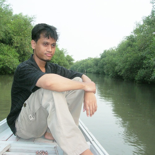 """Come through the Gunung Anyar river. A lot of """"swamp things"""" here: herbivore, omnivore, and carnivore as well."""