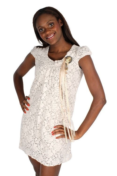 Yumi Cap Sleeve Fuzzy Flowers Mesh Lace Cameo Brooch Lined Tunic Dress $167 CAD
