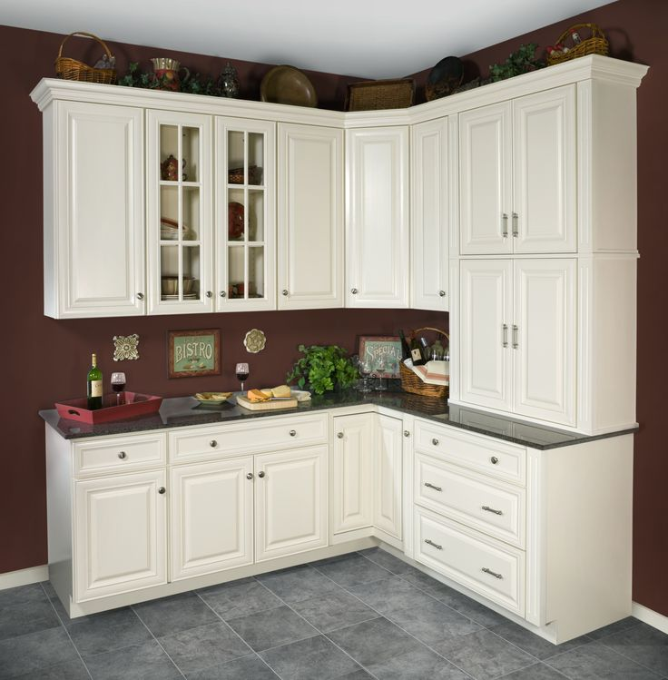 WOLF Classic Cabinets In Hudson Antique White