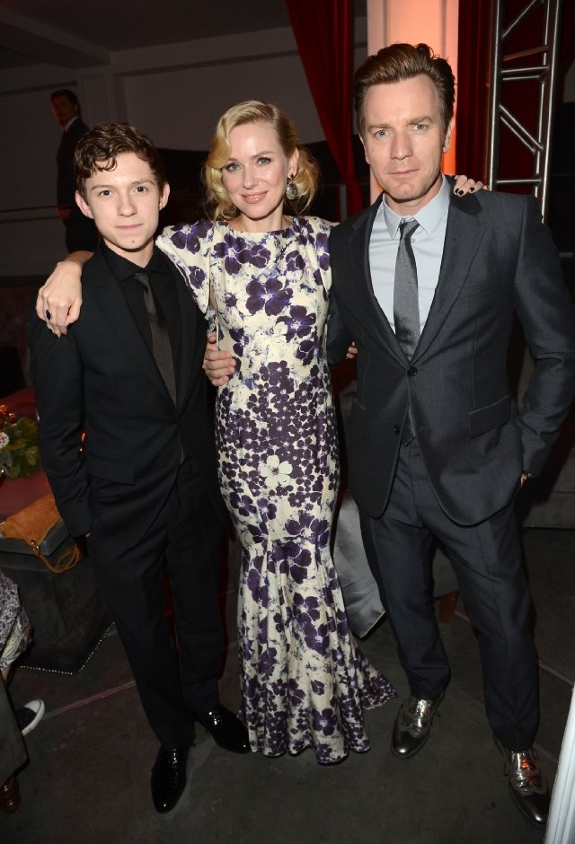 Ewan McGregor, Naomi Watts and Tom Holland at event of The Impossible - own it on DVD & Blu-ray 6th May