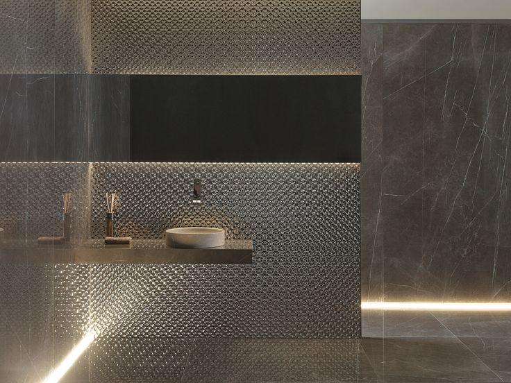 XLIGHT Premium Savage Dark - #URBATEK #Venis #Noken #PORCELANOSA - Gres porcelánico de fino espesor #precious #stones #marble #porcelain #tile #porcelaintiles #floors #ceramics #design #architecture #interiors #minimalism #bathroom #home #dark #browm