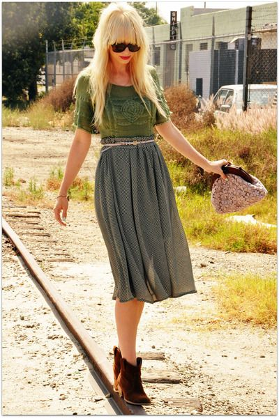 Epic look. Never wear tights with a mid calf skirt or dress