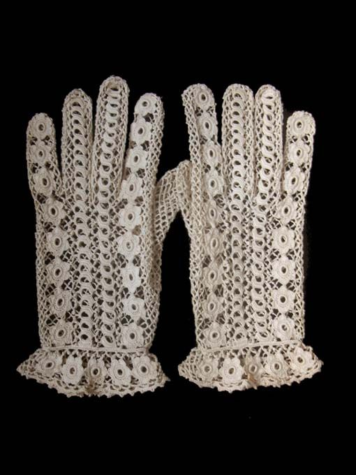 Irish crochet lace gloves