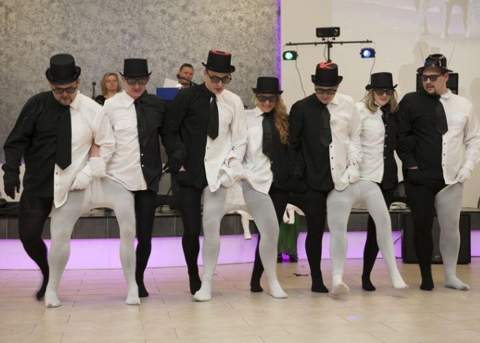 Profi Partyservice - Musik Musik und Tamada aus Bad Oeynhausen in NRW Profi Partyservice - Musik Musik und Tamada aus Bad Oeynhausen in NRW