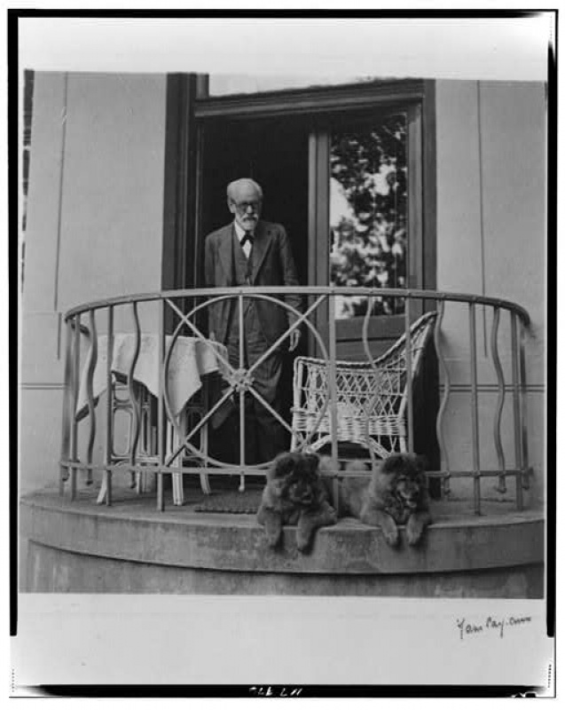 Sigmund Freud and his dog