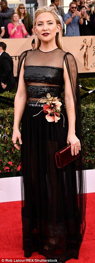 Stars dazzle in jeweled gowns at 2017 SAG Awards