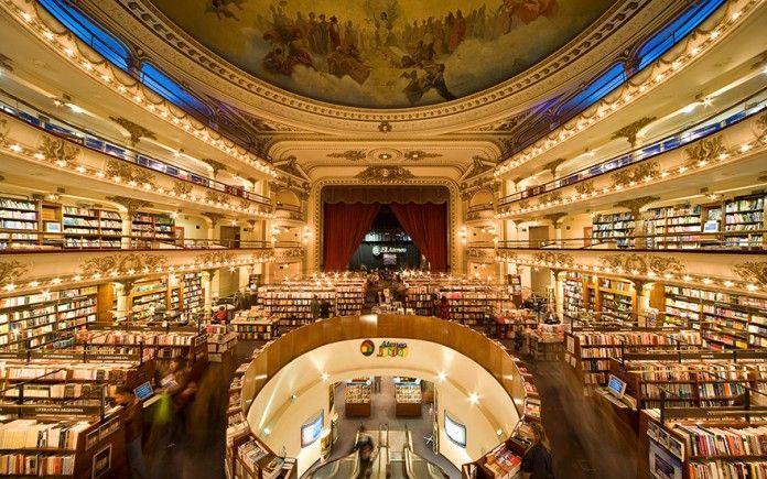 Biliyor muydun ? /// 100 Yıllık Tiyatro Binası Büyüleyici Bir Kitapçıya Dönüştürüldü