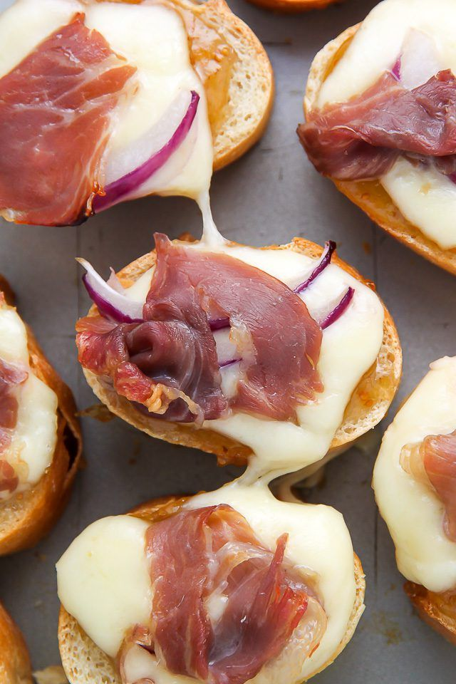 This Fig and Prosciutto Crostini Recipe is a Perfect Party Food | eHow