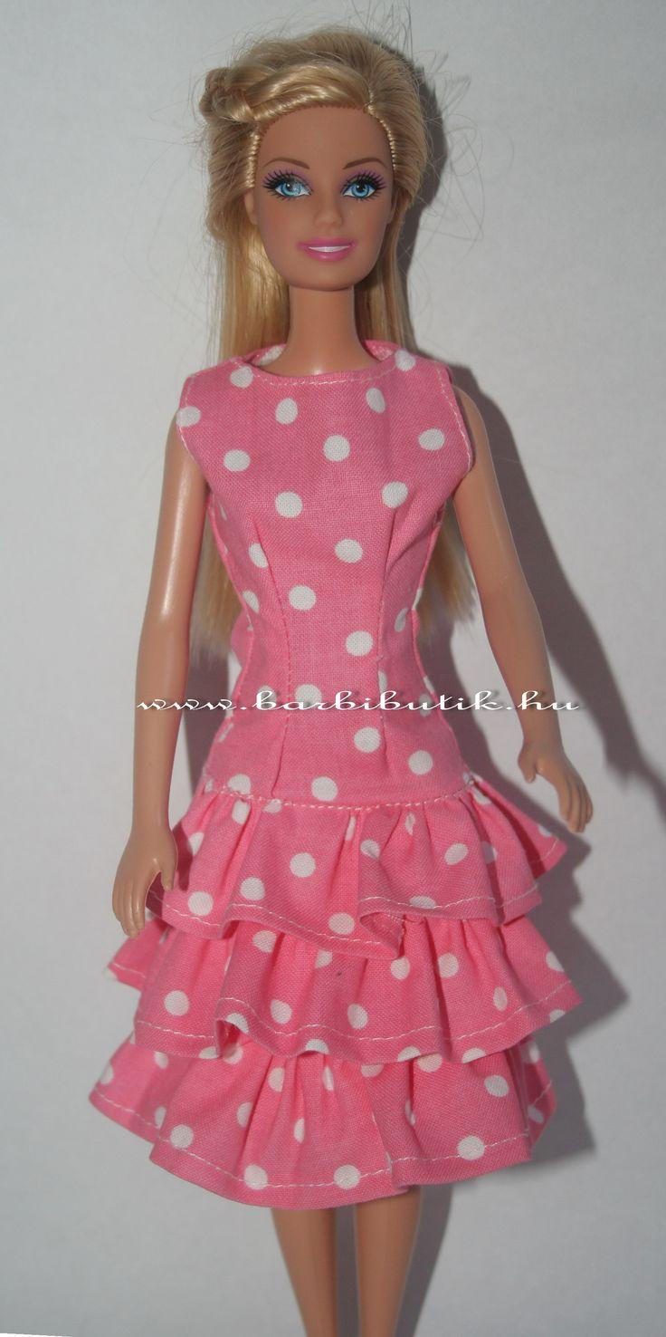 Rózsaszín fehér pöttyös fodros barbie ruha./ Pink polka dot Barbie dress.