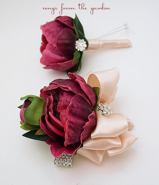 Stem School Prom: 25+ Best Ideas About Wrist Corsage For Prom On Pinterest