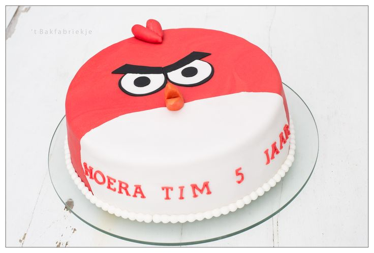 Angy Birds Red taart - 't Bakfabriekje