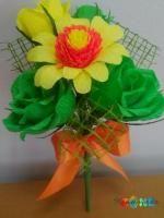 Buchetel cu flori fin hartie creponata