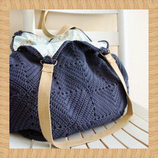 Delicadezas en crochet Gabriela: Bolso con los cuadrados de la abuelita