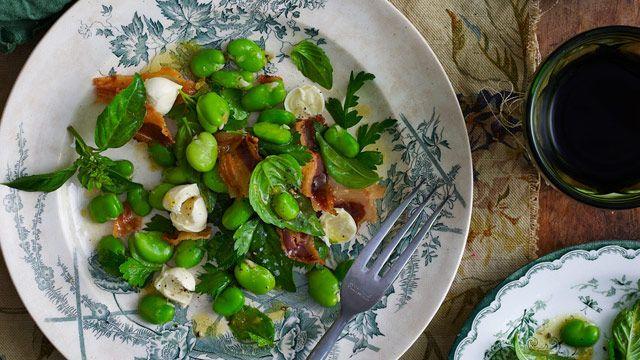 Mozzarella, broad bean and pancetta salad recipe - 9Kitchen