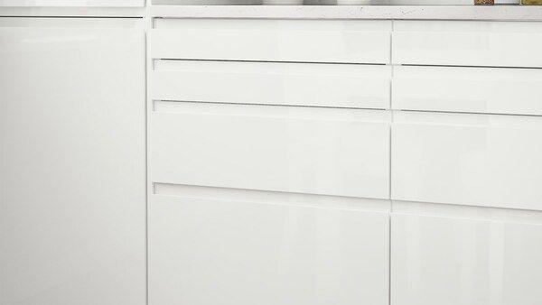Page Finitions Cuisine Voxtorp Blanc Brillant Moderne Et Minimaliste Ikea Rangement Ouvert