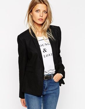 ASOS Linen Blazer- would be nice to have this for times when I have to look dressed up