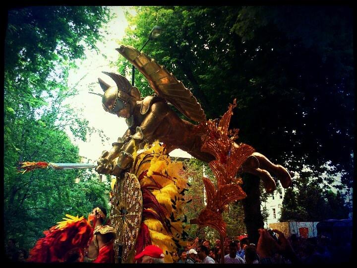 Char brésilien du Carnaval de Notting Hill