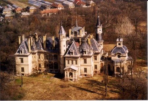 Turai Schossberger kastély .:. Köszöntjük a weblapon