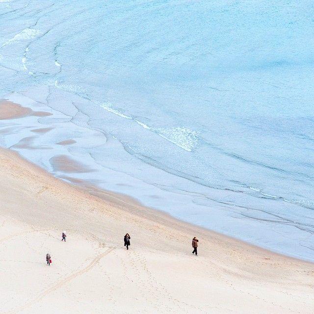 Côte Ouest Italie. Après près d'un mois sur la route on arrive tranquillement mais surement vers notre destination pour l'hiver: la #Sicile! Jusqu'à présent le long de la côte on s'en prend pleins les yeux et petit à petit on ressent la douce chaleur du soleil qui réchauffe notre coeur de voyageur. -- As-tu déjà visité la Sicile curieux? T'as des bons plans ou des immanquables à nous conseiller? Viens commenter sur notre page http://ift.tt/1ALo9cT -- #detourlocal #photooftheday #lookoftheday…