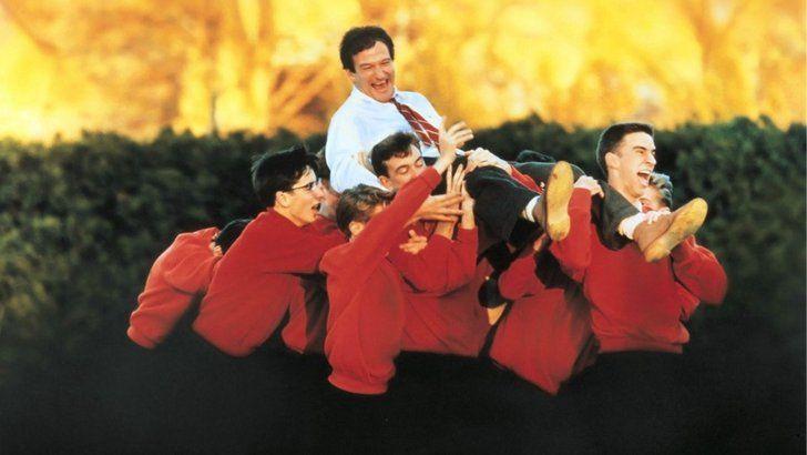 Pin for Later: Robin Williams wie wir ihn nie vergessen werden Der Club der toten Dichter (1989)