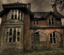 haunted house.: Sweet, Spooky House, Abandoned Beauty, Haunted Houses, Beautiful, Abandoned Houses, Abandoned Places