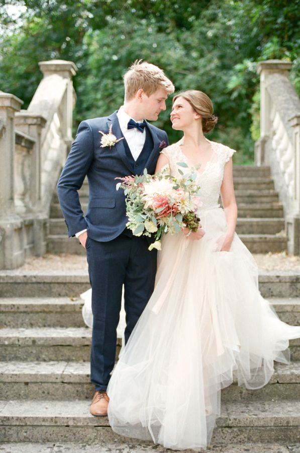 English Garden Wedding Inspiration 1 | photography by http://www.emmawyatt.com/ Styled by Wedding Sparrow