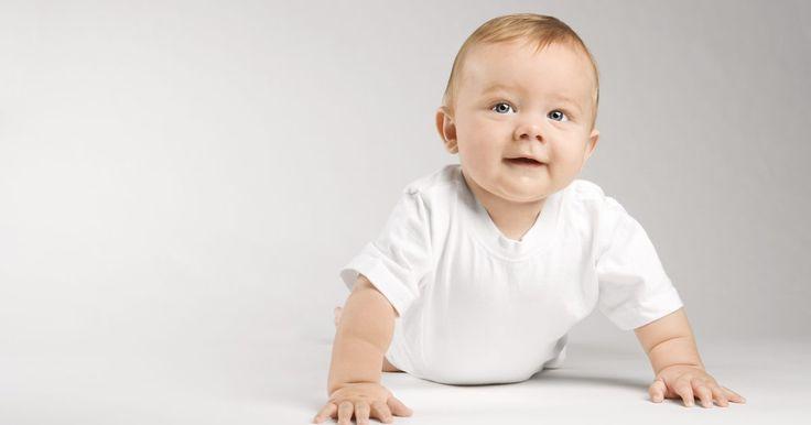 Quais são as causas do rompimento do tímpano em bebês?. O rompimento do tímpano consiste na formação de uma cavidade no fino tecido que protege o ouvido interno do ambiente, e pode ter varias causas diferentes. Essa lesão normalmente se cura por conta própria depois de algumas semanas, mas é importante consultar um médico para um diagnóstico de especialista.