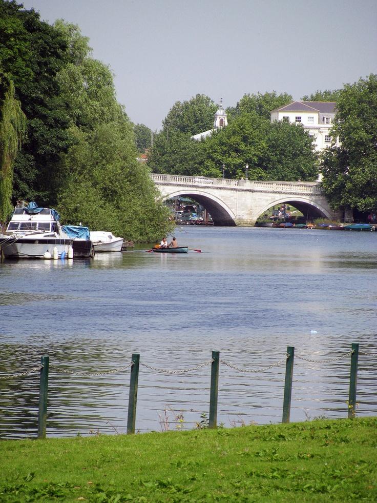 The river Thames and Richmond bridge
