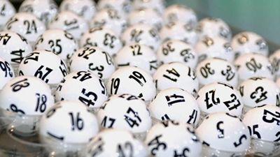 Das Jahr 2015 ist zu Ende, Zeit für einen Rückblick. Für den Lottoblock in Deutschland war das Jahr erfolgreich, ebenso wie für die 115 frisch gebackenen Millionäre, die sich danke Lotto einige Wünsche erfüllen können. Das Jahr 2015 brachte 115 neue Lottomillionäre hervor, 19 Prozent mehr als im Vorjahr. Besonders erfolgreich waren die Lottospieler aus Nordrhein-Westphalen, Baden-Württemberg, Bayern und Niedersachen im letzten Jahr.