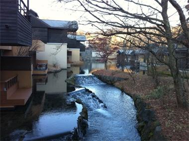 <Travel>海外のような滞在型リゾートを日本流にアレンジした「星のや」はこれからの地域開発や旅行ビジネスのあり方を考えるうえで本当に参考になります。「お忍びリゾート」という視点もレオンとしては新しかったな。【LEON編集長 前田陽一郎】  http://lexus.jp/cp/10editors/contents/leon/index.html    ※掲載写真の権利及び管理責任は各編集部にあります。LEXUS pinterestに投稿されたコメントは、LEXUSの基準により取り下げる場合があります。