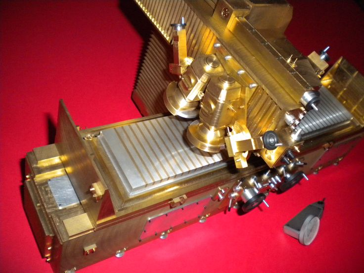 Reproduction of grinding machine