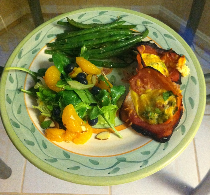 Ham cups with seasoned eggs, baked.  Madarin orange & blueberry salad with sliced almonds.  Dressing sesame orange soy.  Green beans parboiled in butter, chicken stock and black pepper.: Orange, Hams Cups, Black Peppers, Butter Chicken, Green Beans, Beans Parboil, Chicken Stockings, Blueberries Salad, Dresses Sesame