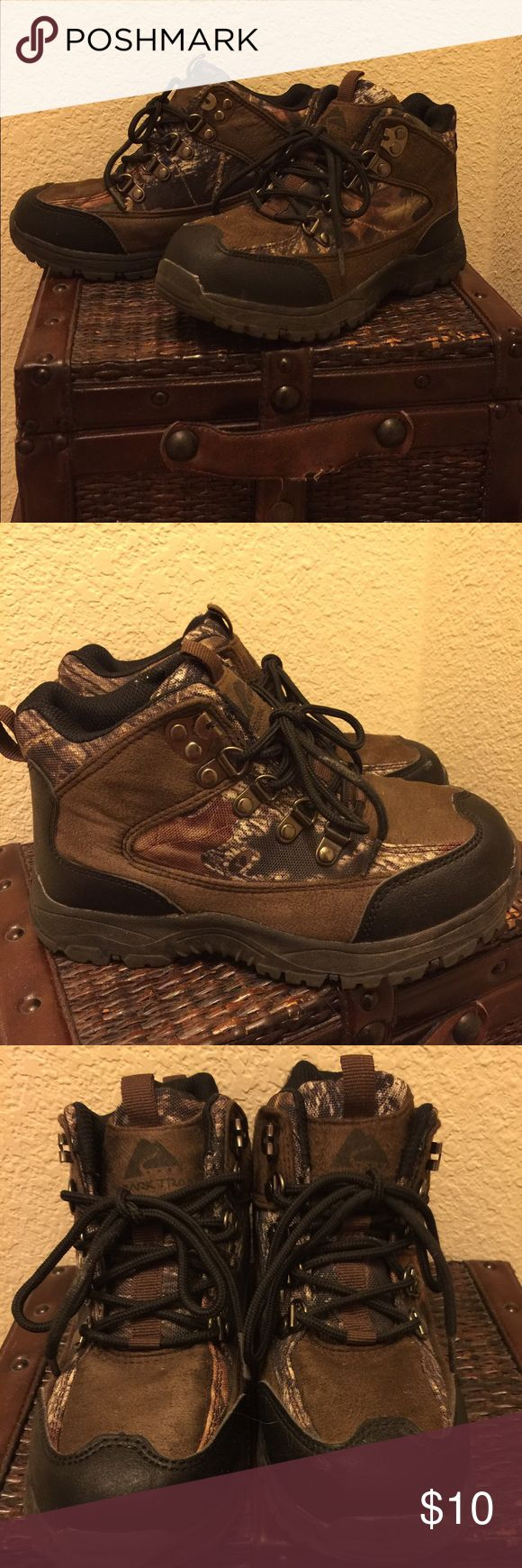 Boy's Hiking Boots Ozark Trail boys or girls hiking high top hiking boots. Barely worn so their in perfect condition! Shoes