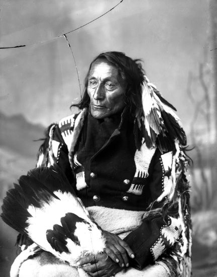 Chief Bobtail, the son of Peechee, had been recognized as a principal Chief not only of the Mountain Cree, but of all the Western Cree bands since the 1870s. It is said that Bobtail, like other Cree chiefs, was also of Metis descendance. His Metis name was Alexis Piché.