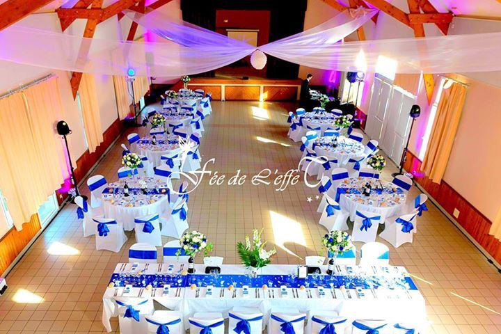 Décoration mariage bleu roi