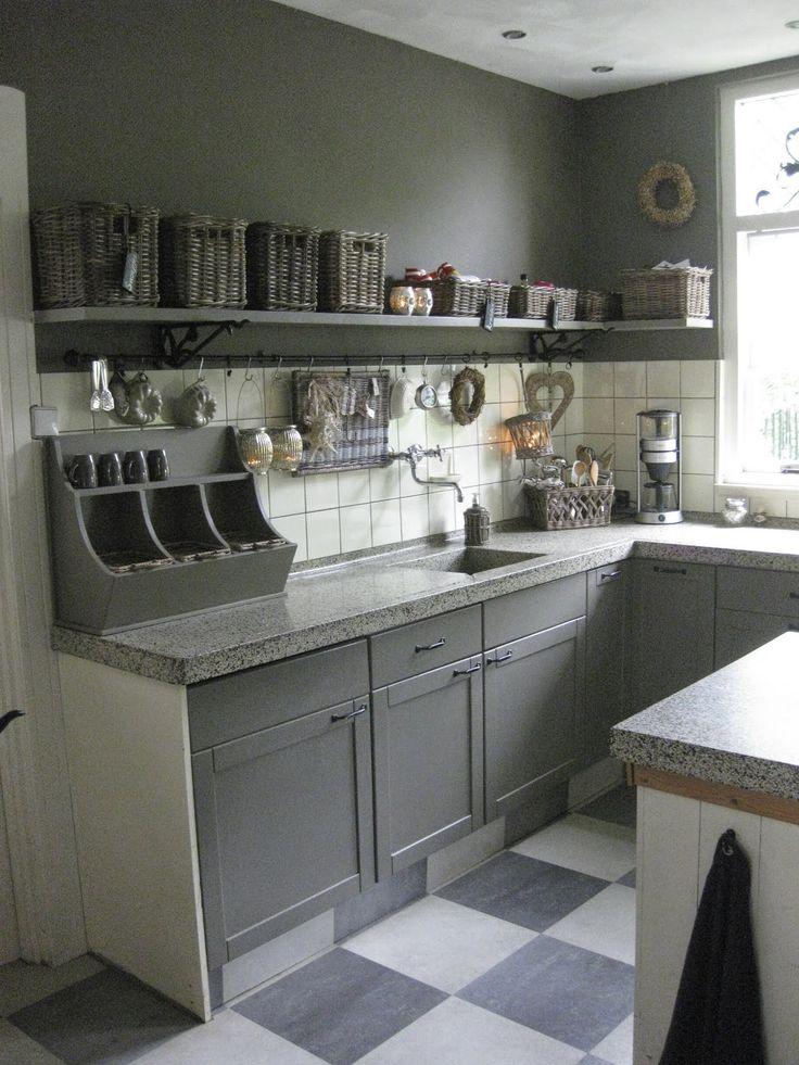 25 beste idee n over kruidenrek inrichting op pinterest kruidenrekken keuken kruiden opslag for Moderne meid slaapkamer