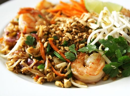 Thai Pad Thai: Dinners Tonight, Pad Thai Recipes, At Home, Stir Fried Noodles, Thai Stir Fried, Padthai, Favorite Recipe, Pads Thai Recipe, Noodles Dishes