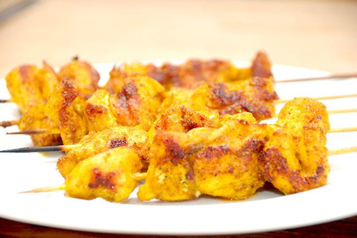 Kylling med karry på grillspyd (hjemmelavet karrymarinade)
