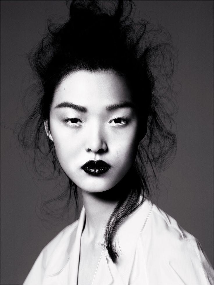 Nowe top modelki: Tian Yi / fot. Miguel Reveriego dla models.com •Women's Fashion