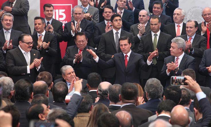 CIUDAD DE MÉXICO (apro).- El presidente Enrique Peña Nieto anunció hoy que, debido a la solidez financiera del Infonavit, esta institución otorgará dividendos por 16 mil 300 millones de pesos a los 48 millones de derechohabientes, con saldo a sus subcuentas de vivienda. Durante la clausura de la 115 asamblea del Infonavit, el mandatario señalóLeer más