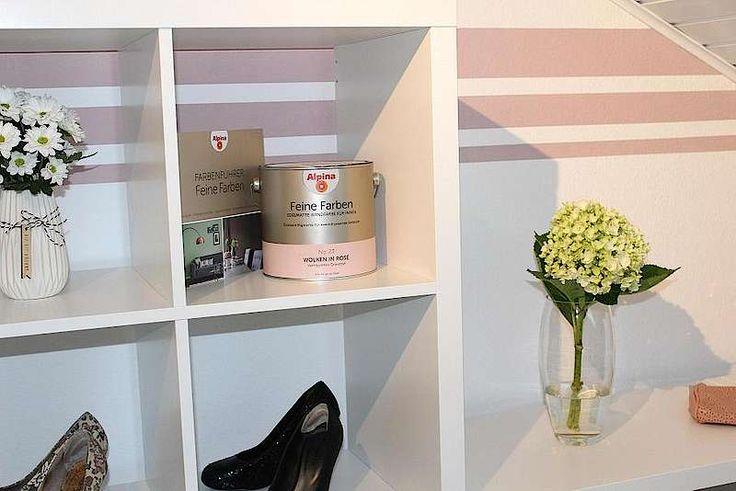 Alpina Feine Farben: Inspirationsboard Wolken in Rosé von Selina H. Kreative Wandgestaltung durch zarte Rosa-Streifen sorgen für eine wohnliche positive Ausstrahlung der Wohnung.