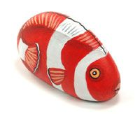 Painting different types of brightly coloured fish rocks for around the pool is a great project to do with older children.