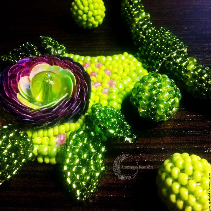Купить Комплект украшений Весенний ранункулюс - зеленый, комплект украшений, колье, колье из бисера