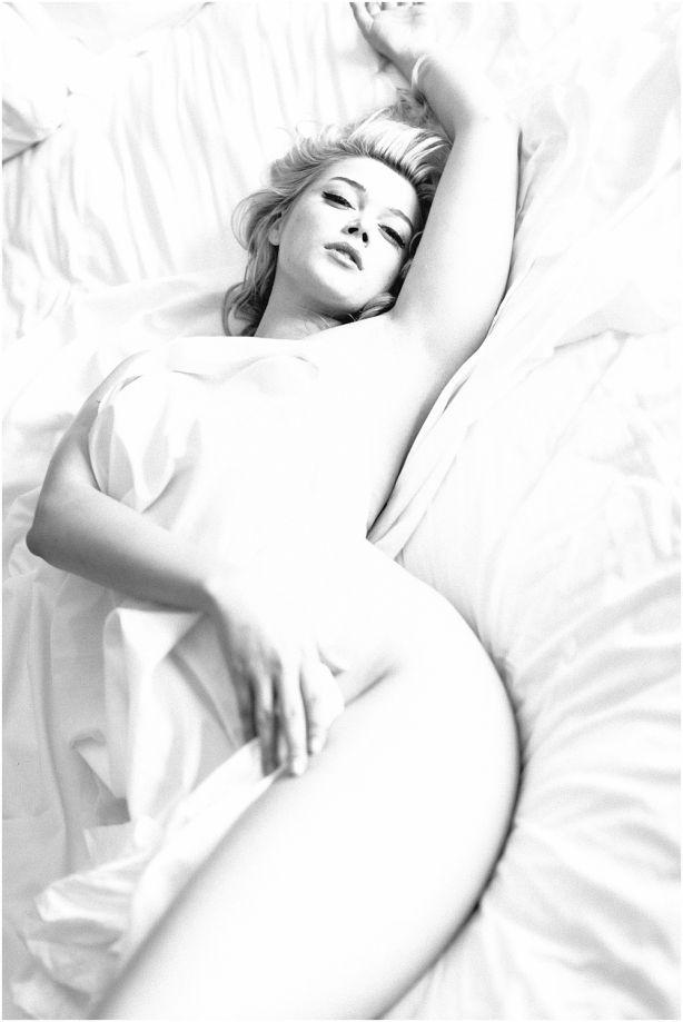San Francisco Bay Area Boudoir Photography | A little white sheet…. | Modern Love Photography Beauty